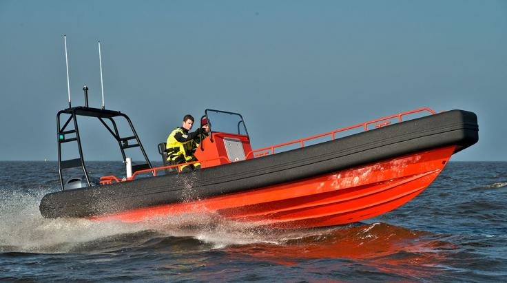 Kundenspezifische Fender System für die Seahunter (Post workboats)